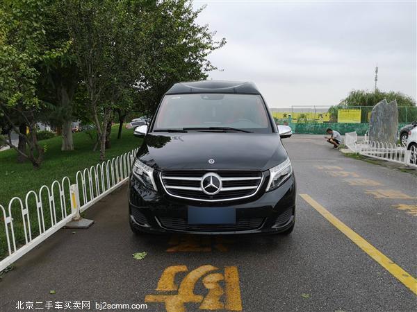 2018款 奔驰V级 V 260 L 豪华高顶订制版