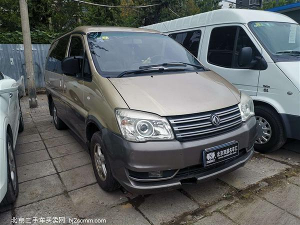 东风风行 菱智 2013款 M5 Q3 2.0L 7座短轴豪华型