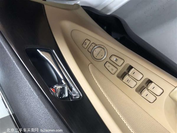 现代 索纳塔八 2013款 2.0L 自动豪华版