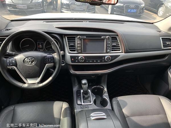 丰田 2017款 汉兰达 3.5L 四驱豪华导航版 7座