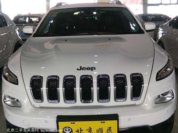 Jeep 2016款 自由光 2.4L 专业版+智能包