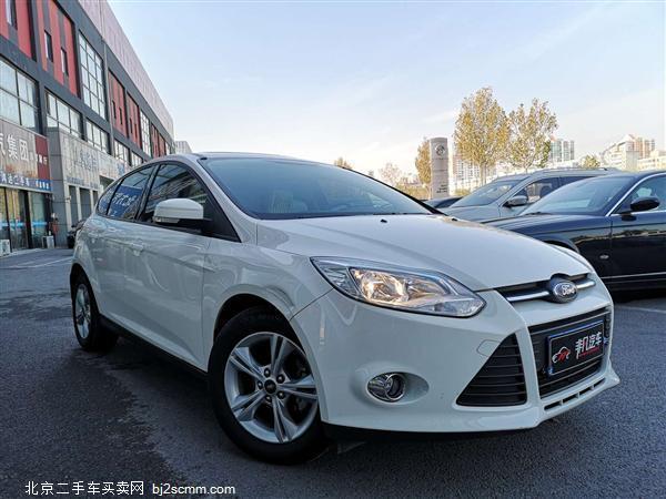 福特 福克斯 2012款 两厢 1.6L 自动舒适型