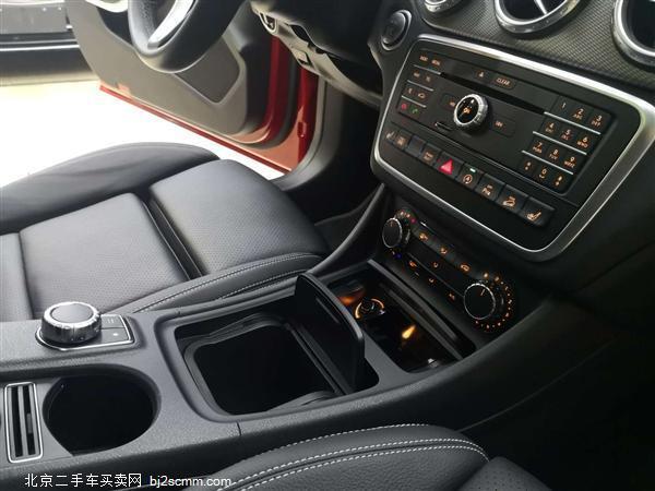 2017款 奔驰GLA级 GLA 220 4MATIC 时尚型