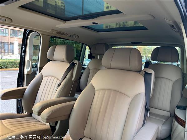 奔驰 唯雅诺 2012款 2.5L 领航版