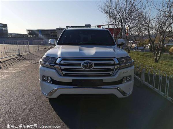 丰田 2019款 兰德酷路泽 5.7L VX-S 12气 刺绣限量版中东