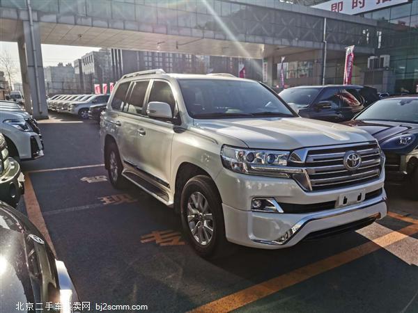 丰田 2018款 兰德酷路泽 4.6L GX-R 八气 外挂 18铝轮(中东)
