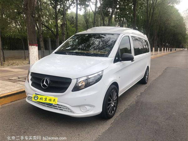 奔驰 2018款 威霆 2.0L 豪华高顶订制版