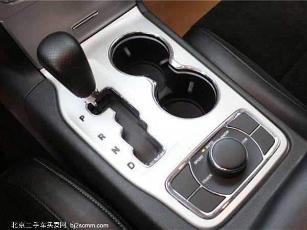 Jeep 大切诺基 SRT 2012款 6.4L SRT8