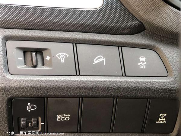 现代 全新胜达 2013款 改款 2.4L 自动四驱智能型