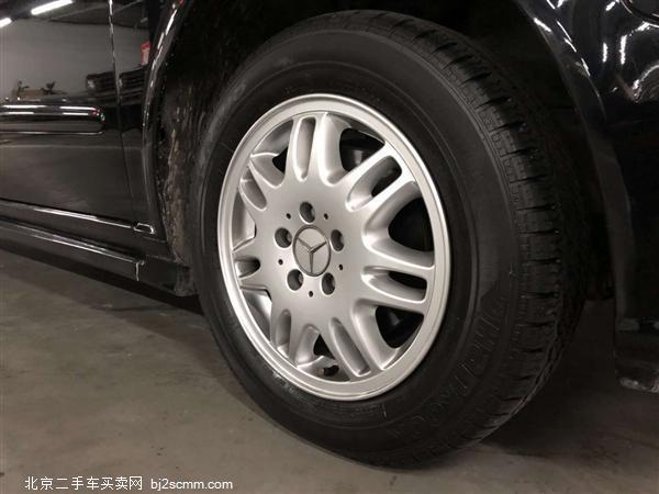 奔驰 2015款 威霆 3.0L 精英商务房车