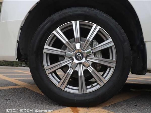 丰田 2018款 兰德酷路泽 4.0L GX-R 八气 真皮 大包围(中东)