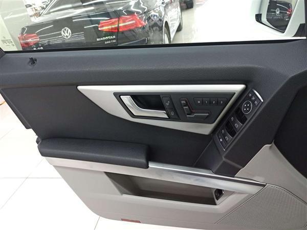 奔驰GLK级 2013款 GLK 300 4MATIC 豪华型