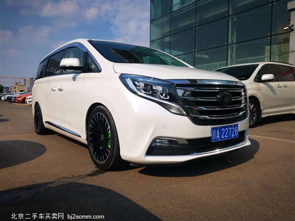 广汽传祺 2018款 传祺GM8 320T 旗舰版