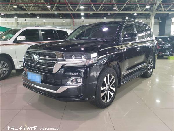 丰田 2019款 兰德酷路泽 5.7L VX-S GTS 12气 刺绣 (中东)