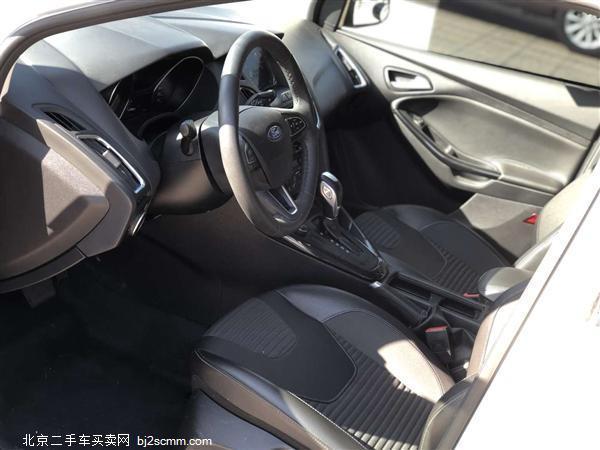 福特 2017款 福克斯 三厢 1.6L 自动舒适型智行版