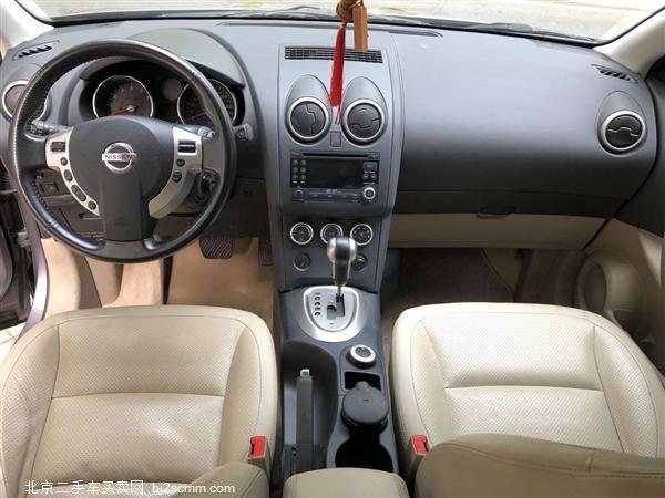 日产 逍客 2010款 20XFOUR 龙 CVT 4WD