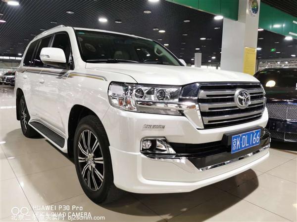 丰田 2019款 兰德酷路泽 5.7L VX 12气(中东)