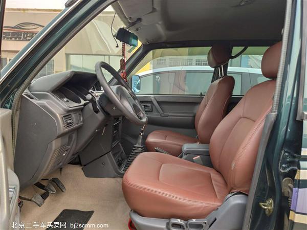 猎豹汽车 2014款 猎豹6481 2.2L 手动四驱