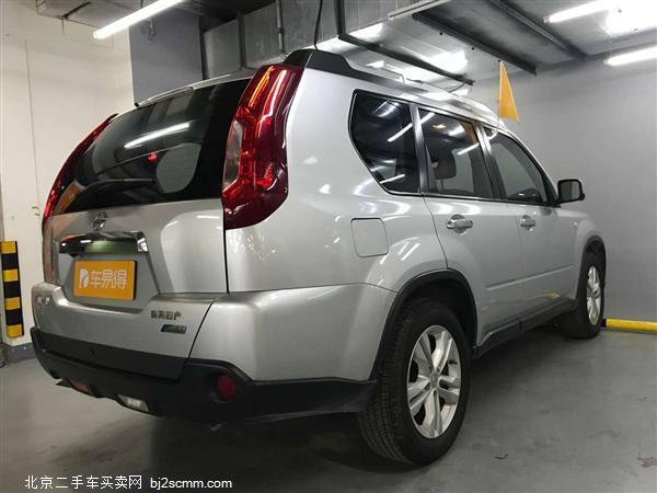 日产 2012款 奇骏 2.5L CVT豪华版 4WD