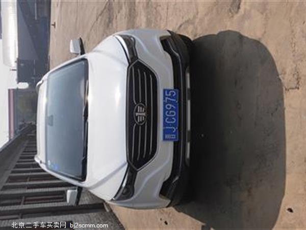 奔腾 奔腾X40 2019款 1.6L 手动豪华型