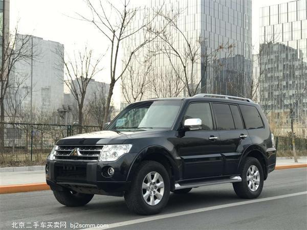 三菱 2011款 帕杰罗(进口) 3.0L 豪华版