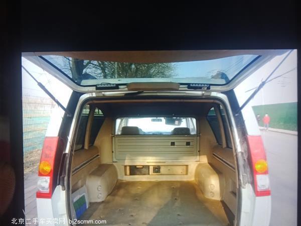 日产ZN厢式车 2011款 2.4L两驱高级型7座ZN6493