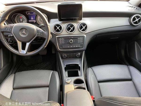 2016款 奔驰GLA级 GLA 200 动感型