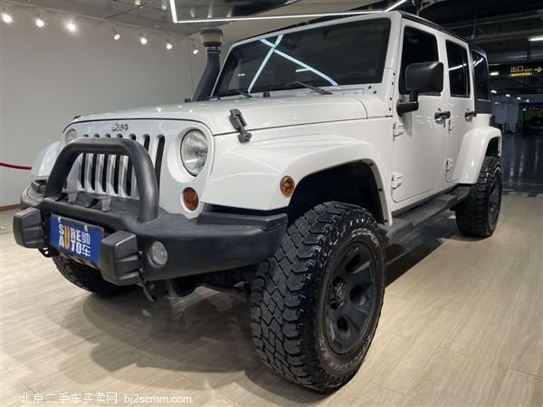 Jeep 2012款 牧马人 3.6L 四门版 Sahara