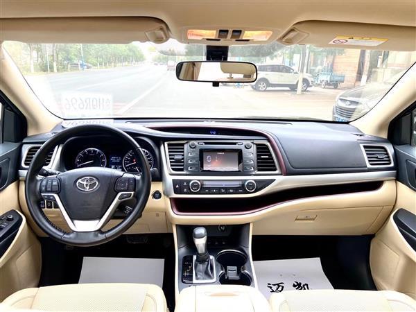 丰田 汉兰达 2017款 2.0T 四驱豪华版 7座