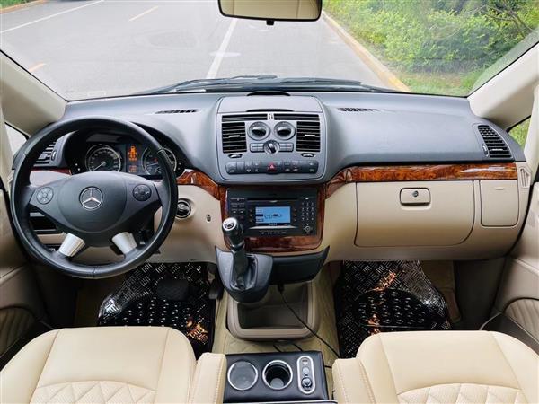 奔驰 唯雅诺 2015款 3.0L 合伙人版