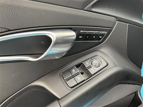 保时捷718 2020款 Boxster 2.0T