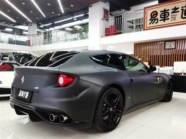 法拉利FF 2012款 6.3L V12