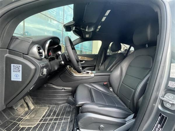 奔驰GLC轿跑 2018款 GLC 260 4MATIC 轿跑SUV