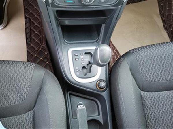 标致308 2014款 1.6L 经典 自动 风尚型