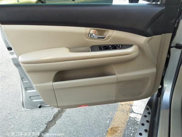 比亚迪S6 2012款 2.0L 手动豪华型