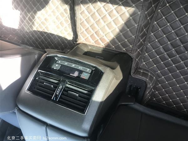 大众 2019款 途昂 330TSI 两驱豪华版 国VI